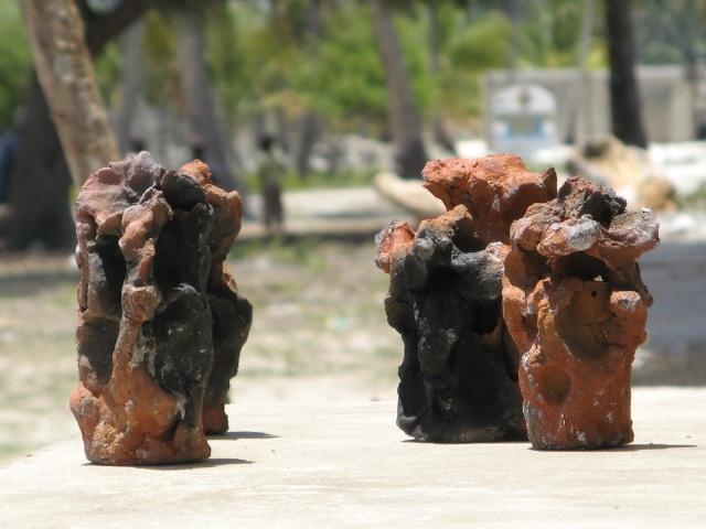 © Wilhelm Roseneder. Zanzibarische Kunstgriffe/Zanzibarian Kunstgriffe. Gebrannter Ton/Fired clay, ca. 20 cm high. Jambiani, Zanzibar, Tanzania, Africa 2011