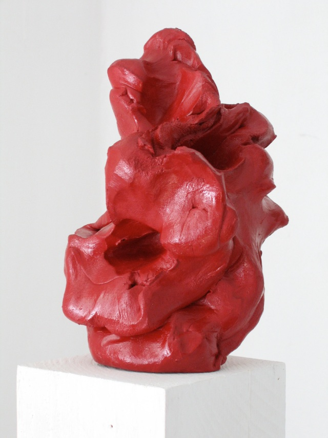 © Wilhelm Roseneder. Wilhelm Roter Kunstgriff, 2003. Ungebrannter Ton, Lack/Varnish on non-fired clay, ca. 20 cm high